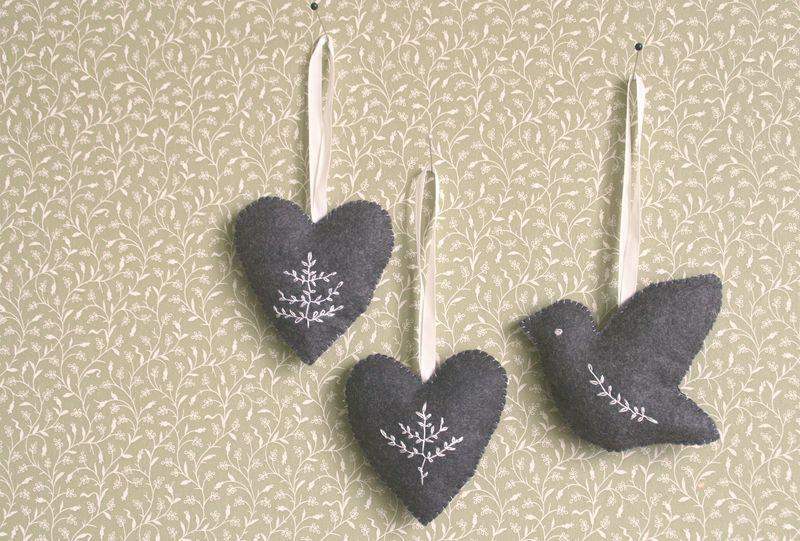 Ornaments grey