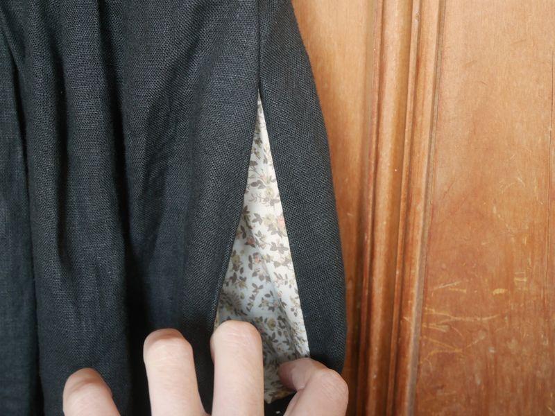 Black dress pockets