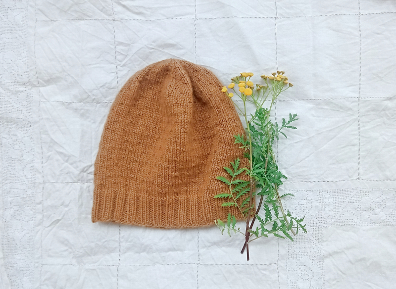 Mustard hat