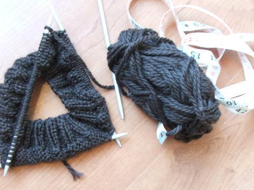 Brown_knitting_2