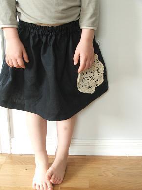 Navy_skirt